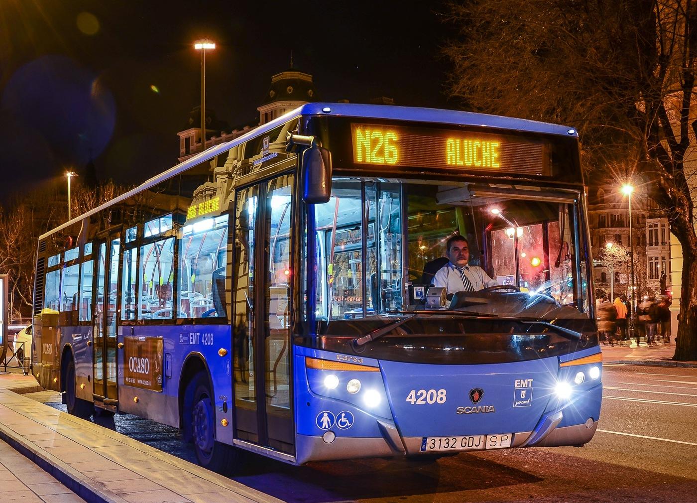 teniendo autobús gay